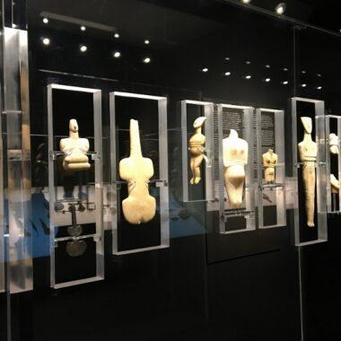 figurines - musée d art cycladique d'athènes