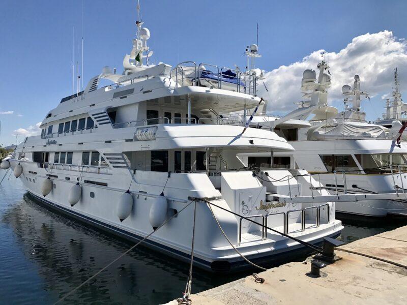 Les yachts de la Marina Flisvos