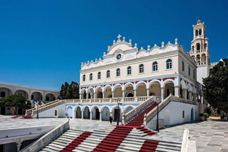 que faire à Tinos - L'Eglise Panagia de Tinos
