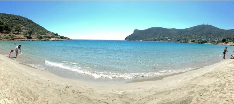 La plage d'Avlaki à Porto Rafti