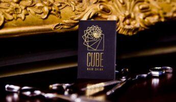 Un coiffeur français à Athènes : Cube Hair Salon