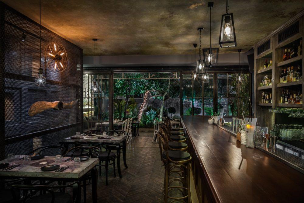 Le Restaurant Feedel Urban Gastronomy Une Cuisine Grecque Moderne