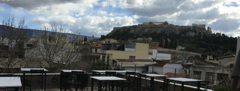 avissinia terrasse une taverne restaurant au coeur de monastiraki athenes