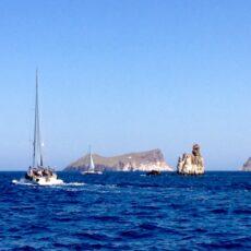 Le tour de l'île de Milos en bateau