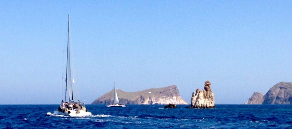 Excursion en bateau à Milos -Le tour de l'île de Milos en bateau
