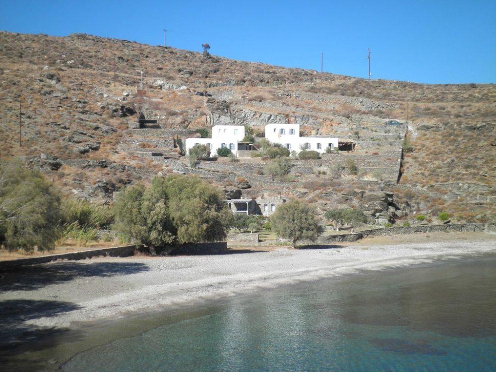 Location de maison kythnos dans la baie de potamia for Location de maison