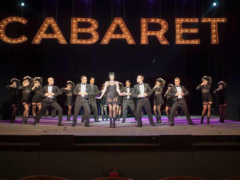 comédie musicale athenes Cabaret au théatre Pallas