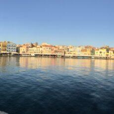 que faire à La Canée que voir à La Canée Le port vénitien de La Cané Crete Hania