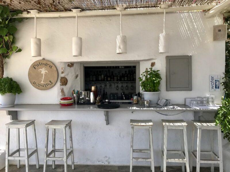 Les meilleures adresses à Sifnos : le bar Palmira à Platis Gialos