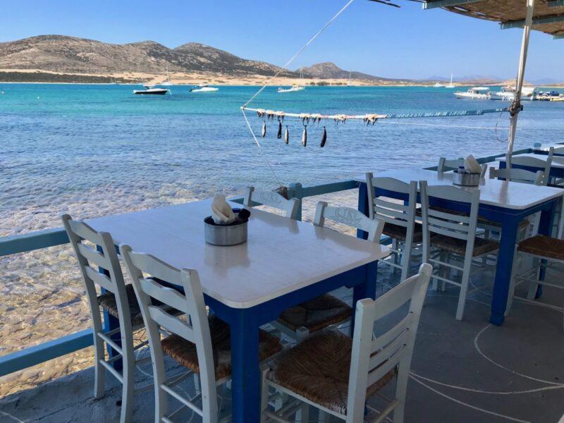 Lîle Antiparos en Grèce dans les Cyclades