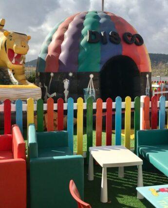 Athenes pour enfants - les jeux gonflables du smart playland de Spata