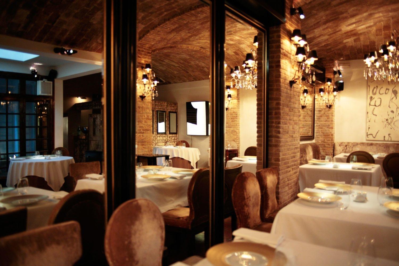 spondi interieur caves restaurant français à Athènes