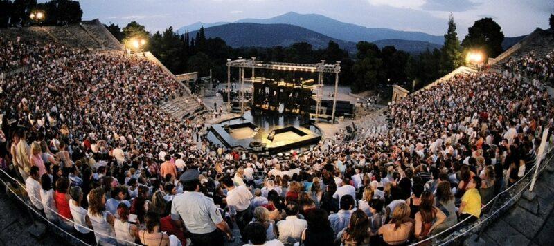 aller au festival d' Epidaure