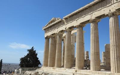 parthénon acropole visiter les incontournables d' Athènes en un jour avec un chauffeur privé à Athènes