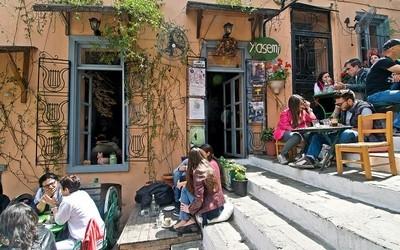 plaka visiter les incontournables d' Athènes en un jour avec un chauffeur privé à Athènes