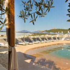 alexandros hotel plage à Athènes piscine plage rooftop terrasse
