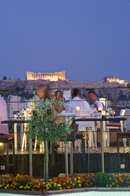 rooftop athenes terrasse vue sur acropole novotel athenes