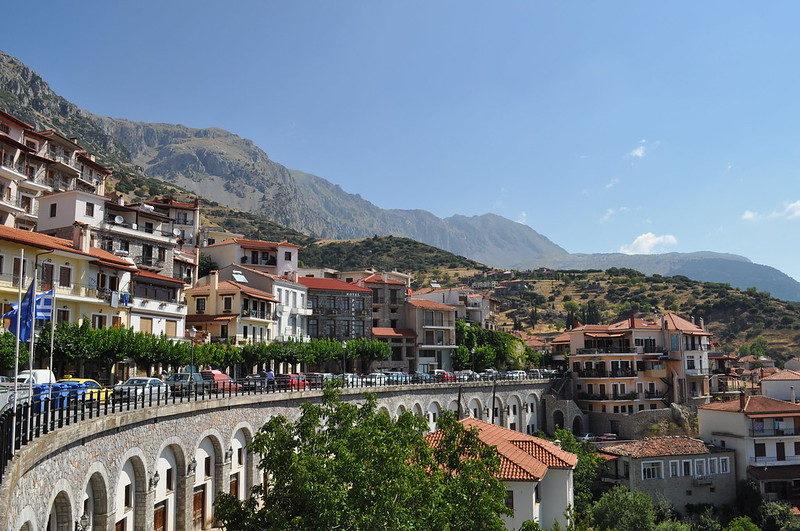 arachova grèce village de montagne proche de Delphes