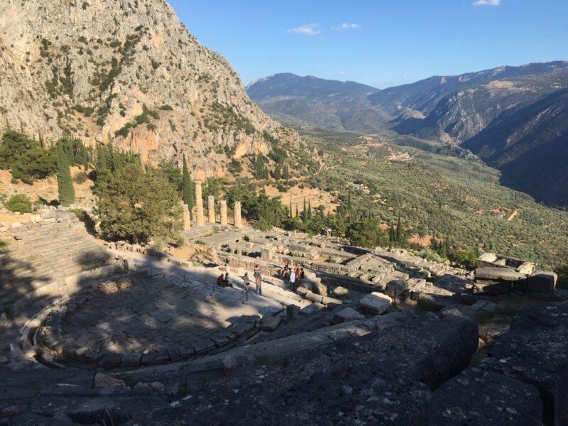 site de delphes sanctuaire d'apollon