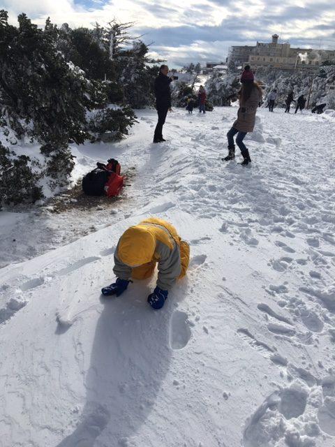 mont parnitha parnes athenes neige luge en hiver