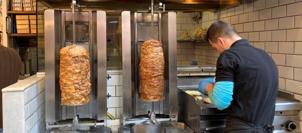 Souvlakis à Athènes et manger pas cher athènes