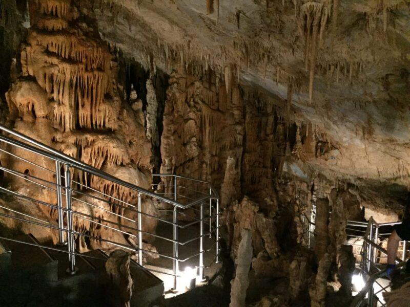 Balade autour d'Athènes : la grotte de Koutouki