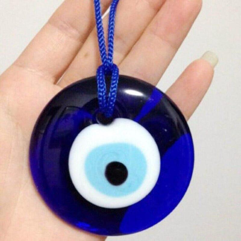 talisman oeil bleu grec porte bonheur en verre à suspendre dans la maison
