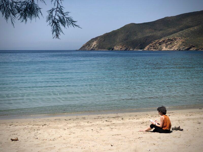 egine, Grèce sur la plage stage d'écriture