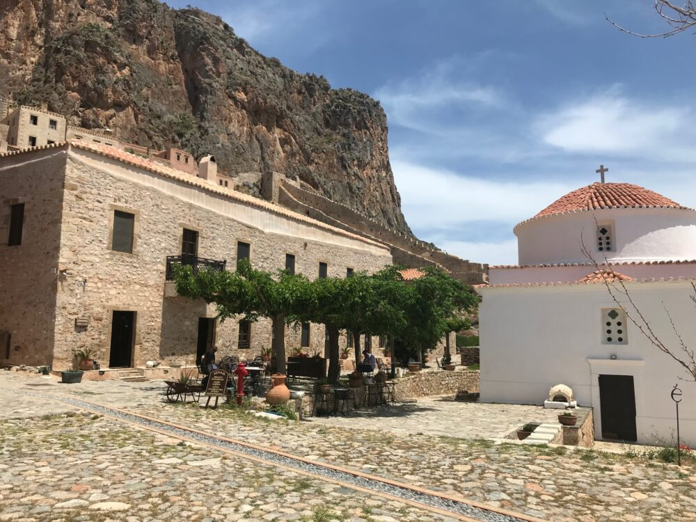 Monemvasia logement hotel dans la vieille ville forteresse