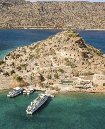 Visiter l'île de Spinalonga en Crète, l'île des lépreux, l'île des oubliés de Victoria Hislop