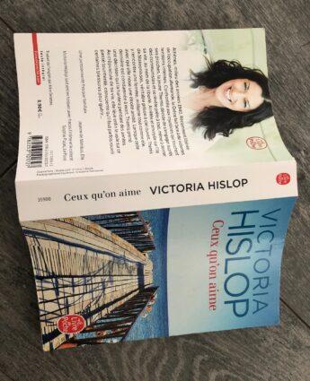 victoria hislop histoire de la grece contemporaine ceux qu'on aime